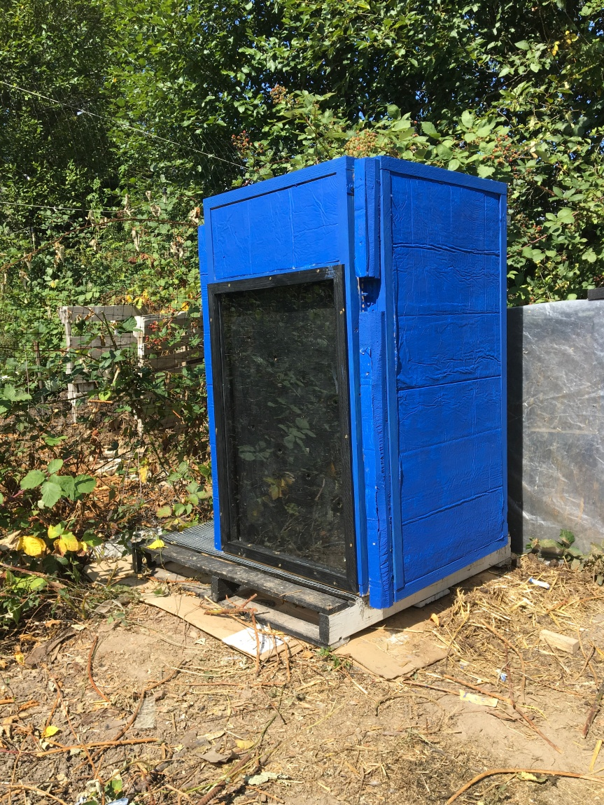 "Insulated Composter – ""The Tardis"""